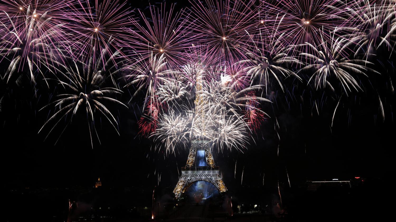 Video 14 juillet revivez le final du feu d 39 artifice de paris - Bethune 14 juillet 2017 ...