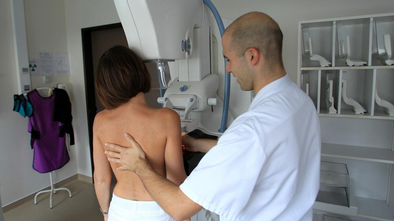 LES STADES DU CANCER DU SEIN - essentiellesnet