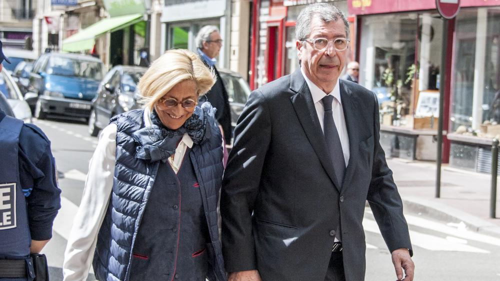 Isabelle et Patrick Balkany, aux obsèques de la chanteuse Patachou, à Levallois-Perret (Hauts-de-Saine), le 7 mai 2015.