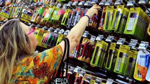Écologie : un lycée de l'Allier interdit stylos et feutres