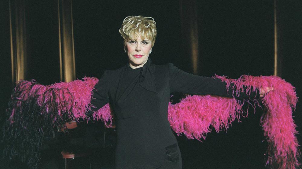 La comédienne et humoriste Sylvie Joly au Casino de Paris, en 2001.