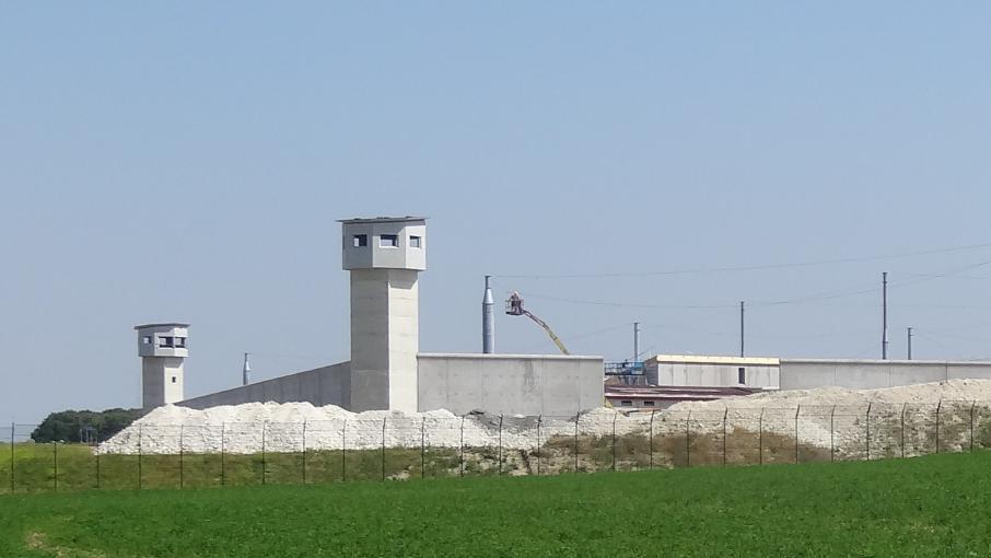 prise d 39 otage dans une prison dans le pas de calais. Black Bedroom Furniture Sets. Home Design Ideas