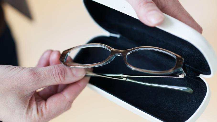 des lunettes aux assurances sept mesures concr tes du projet de loi sur la consommation. Black Bedroom Furniture Sets. Home Design Ideas
