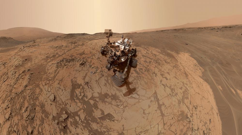 Un autoportrait de Curiosity, le robot de la Nasa à la surface de Mars, diffusé par l'agence spatiale américaine, le 24 février 2015.
