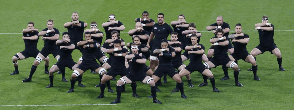 Rugby Comment Reussir Le Haka Des All Blacks En Sept Gifs