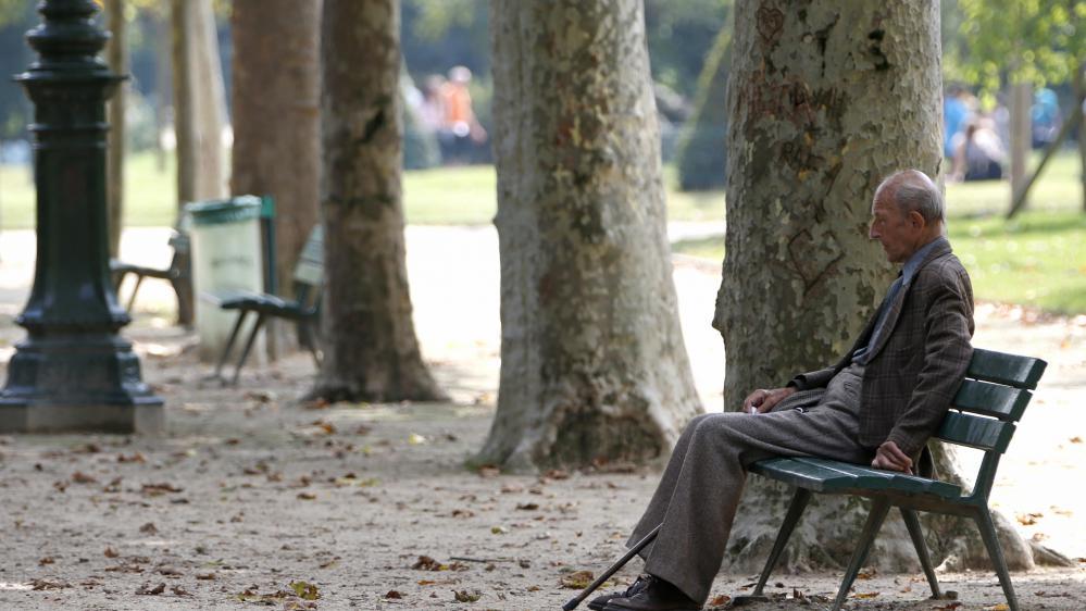 Près de 900 000 retraités veufs ont vu leurs impôts locaux augmenter en 2015.