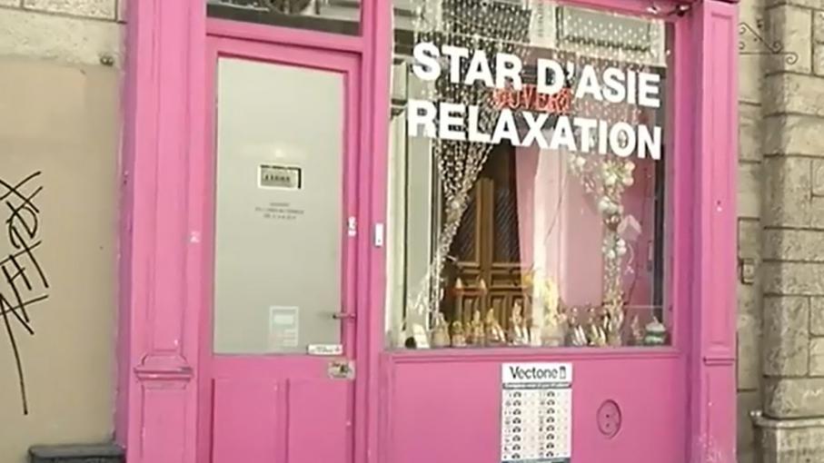 Prostitution dans les salons de massage le trafic serait for Salon prostitution paris