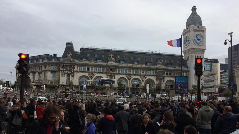 Paris fausse alerte la bombe la gare de lyon - Gare de lyon jardin des plantes ...
