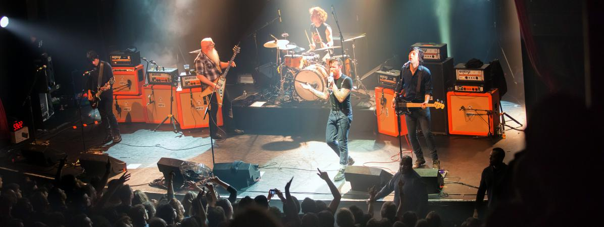 L\'authentique photo du groupe américain Eagles of Death Metal avant l\'attaque au Bataclan à Paris, le 13 novembre 2015.