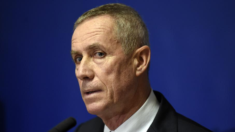 Attentats de paris l 39 avocat de salah abdeslam veut - Porter plainte aupres du procureur de la republique ...