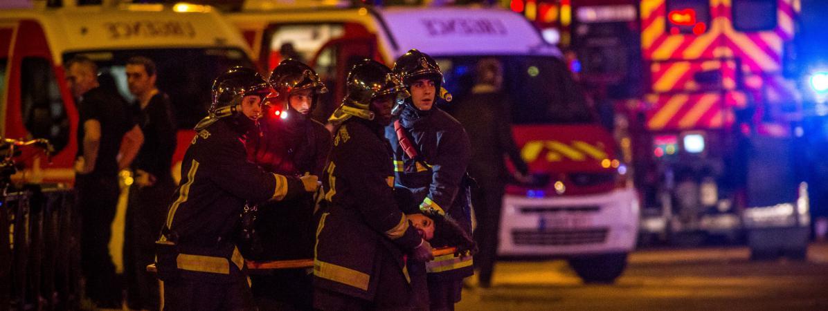 attentats les pompiers vont ouvrir leurs casernes pour initier les parisiens aux premiers secours. Black Bedroom Furniture Sets. Home Design Ideas