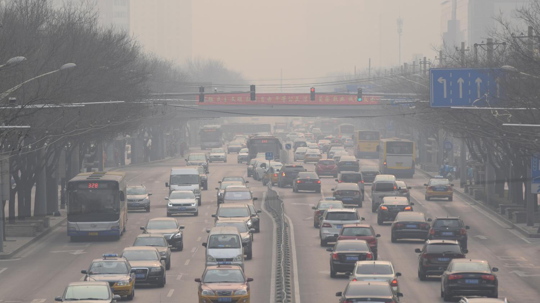 pollution la circulation en voiture interdite milan. Black Bedroom Furniture Sets. Home Design Ideas