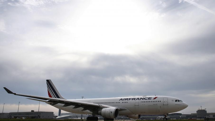 les passagers du vol air france maurice paris sont rentr s roissy. Black Bedroom Furniture Sets. Home Design Ideas