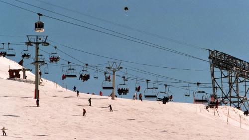 Sports d'hiver : à Manigot, on skie la nuit