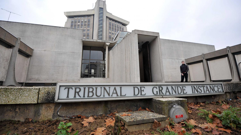 Dans les ge les du tribunal de cr teil derni re tape for Tribunal d instance salon de provence