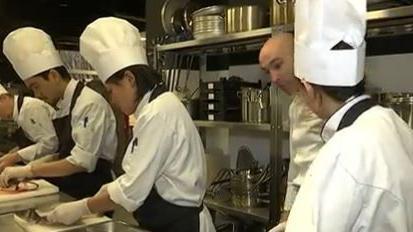 Le chef toil thierry marx joue les directeurs d 39 cole - Ecole cuisine thierry marx ...