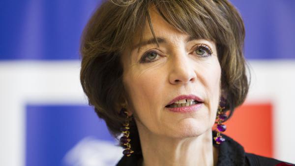 """RSA contre bénévolat : """"impossible"""" à mettre en place pour Marisol Touraine"""