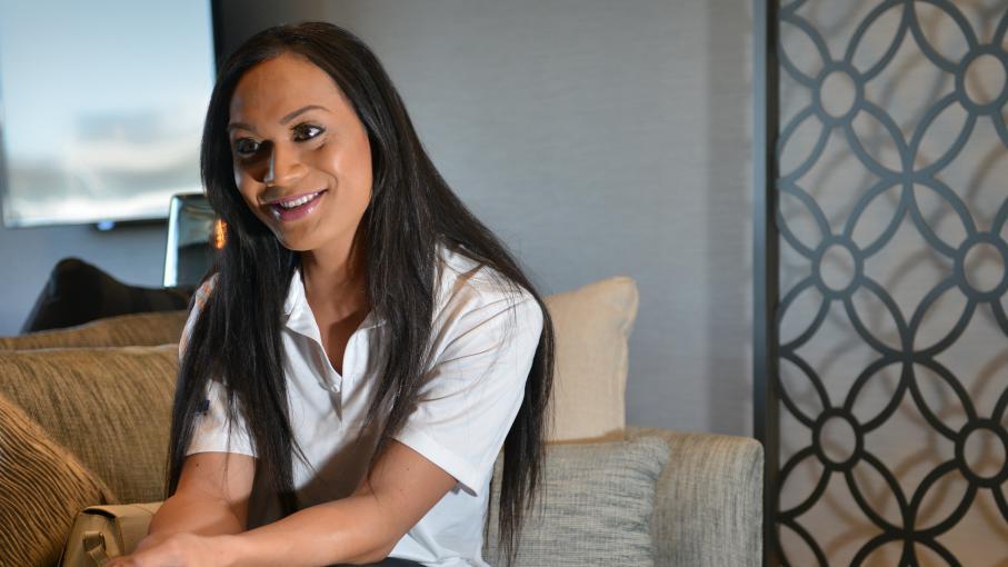 video jaiyah saelua premier joueur de football transgenre reconnu par la fifa. Black Bedroom Furniture Sets. Home Design Ideas