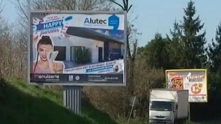 Les panneaux publicitaires pourraient bientôt arriver dans les petites villes