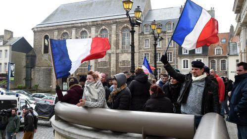 DIRECT. Manifestation anti-migrants interdite à Calais : des peines de prison requises