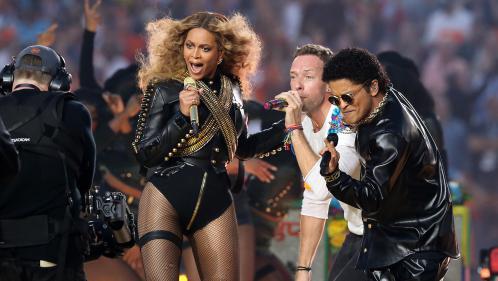 Des pubs, le show de Beyoncé et la victoire de Denver... Ce qu'il faut retenir du Super Bowl