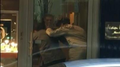 VIDEO. Paris : deux braqueurs armés sont restés coincés dans le sas d'une bijouterie