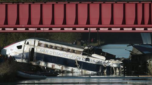 ENQUÊTE FRANCETV INFO. Trois mois après l'accident d'un TGV en Alsace, des questions hantent les proches des victimes