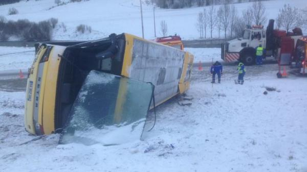 Accident d'un bus scolaire dans le Doubs : la vitesse en cause