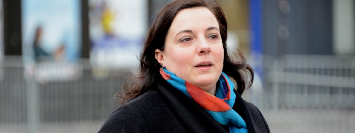 Emmanuelle Cosse, secrétaire nationale d'Europe Ecologie-Les Verts, place de la République, à Paris, le 10 janvier 2016.