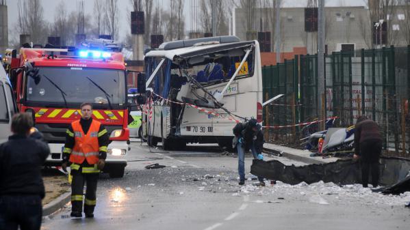 Accident de car scolaire à Rochefort : ce que l'on des circonstances