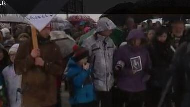 Accident dans le Doubs : marche blanche pour Maureen et Mathis
