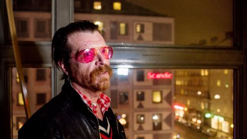 Eagles of Death Metal : avant son retour à Paris, le chanteur témoigne