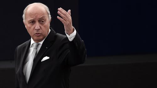 """Face à la """"polémique"""", Laurent Fabius renonce à la présidence de la COP21"""