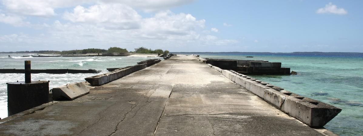 Surl'atoll de Mururoa principal site d'experimentation des essais nucleaires francais de 1962 a 1996.