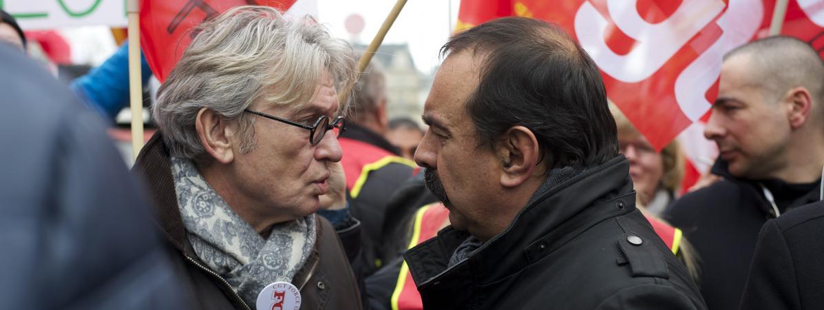 Le secrétaire général de FO, Jean-Claude Mailly (à gauche) et celui de la CGT, Philippe Martinez, lors d'une manifestation le 26 janvier 2016, à Paris.