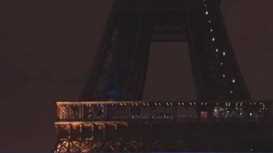 """Environnement : la tour Eiffel s'éteint une heure """"pour la planète"""""""
