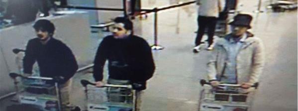 La police fédérale belge a diffusé cette photo de trois suspects après les attentats de Bruxelles (Belgique), le 22 mars 2016.