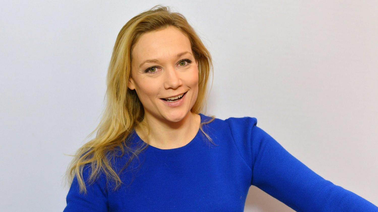 """""""Caroline Vigneaux quitte la robe"""" d'avocate pour la scène"""