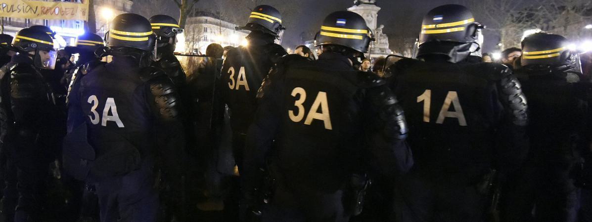 Nuit debout   la soirée où des manifestants ont érigé des barricades ... 669062e5a7ef