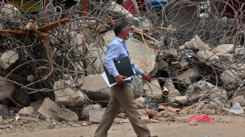 Equateur : le président Correa annonce des hausses d'impôts pour reconstruire le pays après le séisme