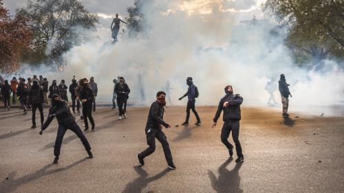 Loi Travail : après les violences, police et organisateurs se rejettent la faute