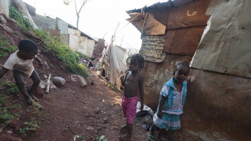 Le journal des Outre-mers. 3000 mineurs isolés à Mayotte