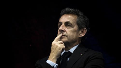 "Hollande, Juppé, Brexit... : les piques de Nicolas Sarkozy dans ""Le Monde"""