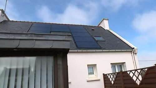 consommation de plus en plus d 39 arnaques aux panneaux photovolta ques. Black Bedroom Furniture Sets. Home Design Ideas