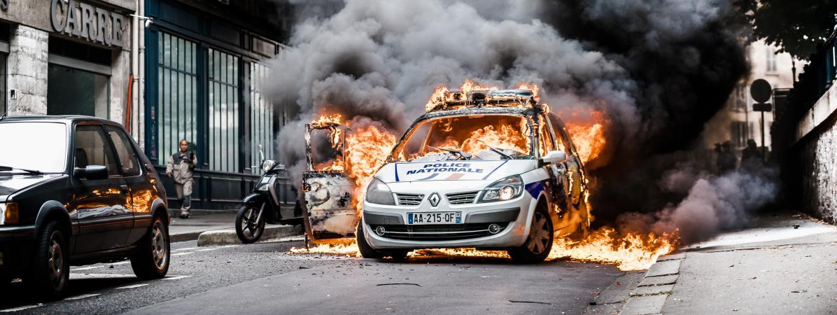 Ce que l 39 on sait de l 39 attaque d 39 une voiture de police paris - Image de vehicule ...