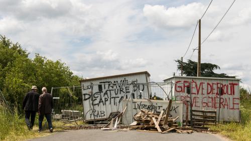 L'Etat peut-il interdire les blocages deraffineries ?