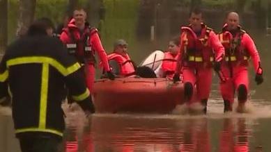 Intempéries : plus de 4 000 interventions des pompiers suite aux fortes pluies