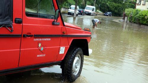 Routes coupées, transports perturbés, villages inondés... La moitié nord de la France est sous les eaux