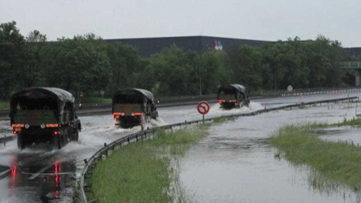 Les naufragés de l'autoroute A10 ont été secourus par l'armée