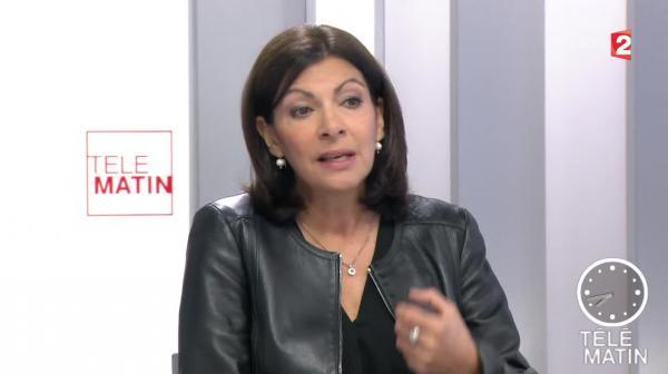 """4 Vérités - Migrants : """"Il faut de l'humanisme"""", déclare Anne Hidalgo"""